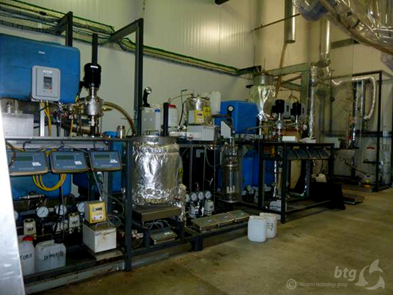 rtd-test-pyrolysis-oil-extraction-unit.jpg